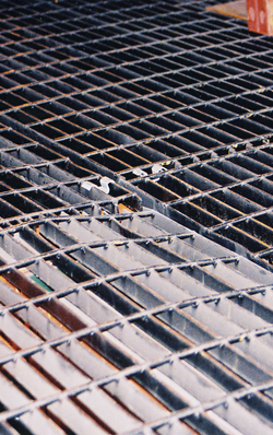 Damaged bar grating floor